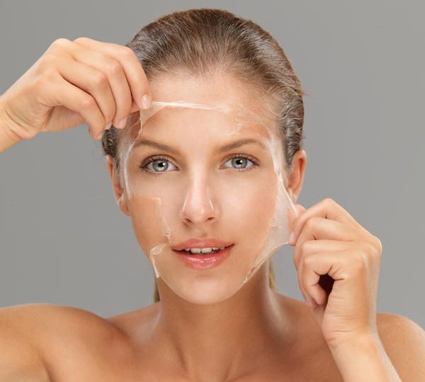 Lột da hóa học tại world beauty clinic