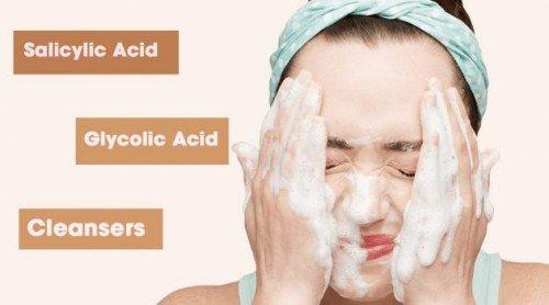 Làm sạch da bằng axit salic