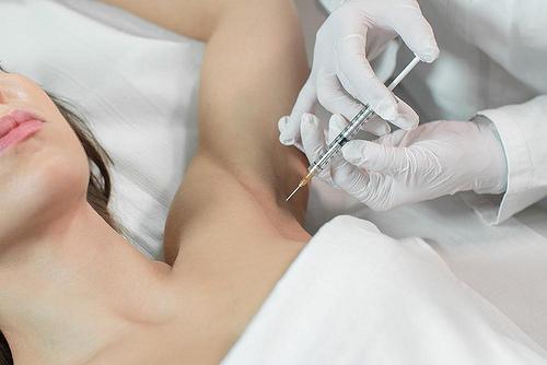 Những lưu ý sau khi tiêm khử mùi hôi nách - World Beauty Clinic